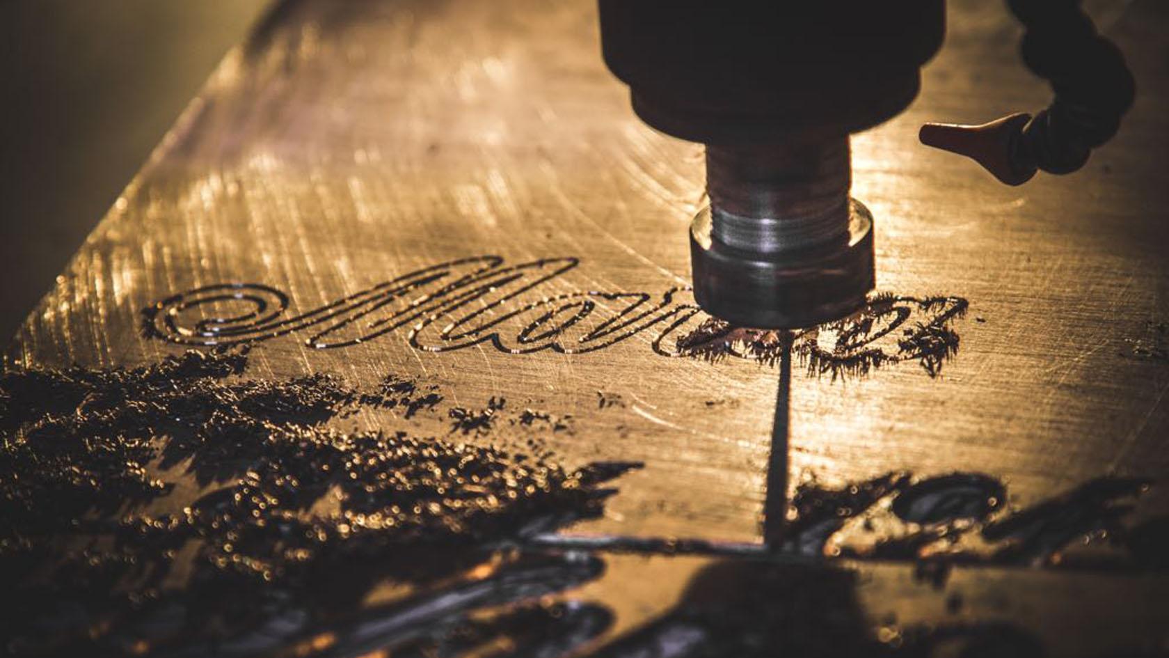 Iscrizioni sul Metallo